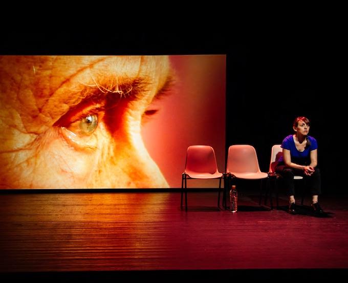 Les Résidents de et avec Emmanuelle Hiron Cie l'Unijambiste, Théâtres en Dracénie, Draguignan, du 21 au 26/11/17