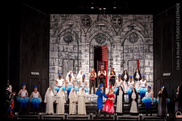 Mam'zelle Nitouche s'encanaille à l'Opéra d'Avignon