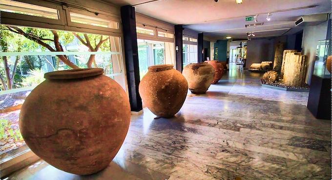 Entrée du Musée de l'Ephèbe © Pierre Aimar