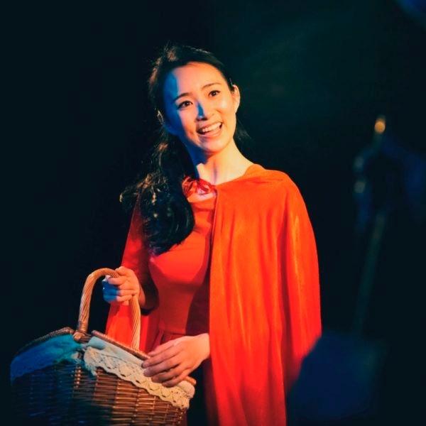 Liwen Liang dans Le Petit Chaperon Rouge © DR