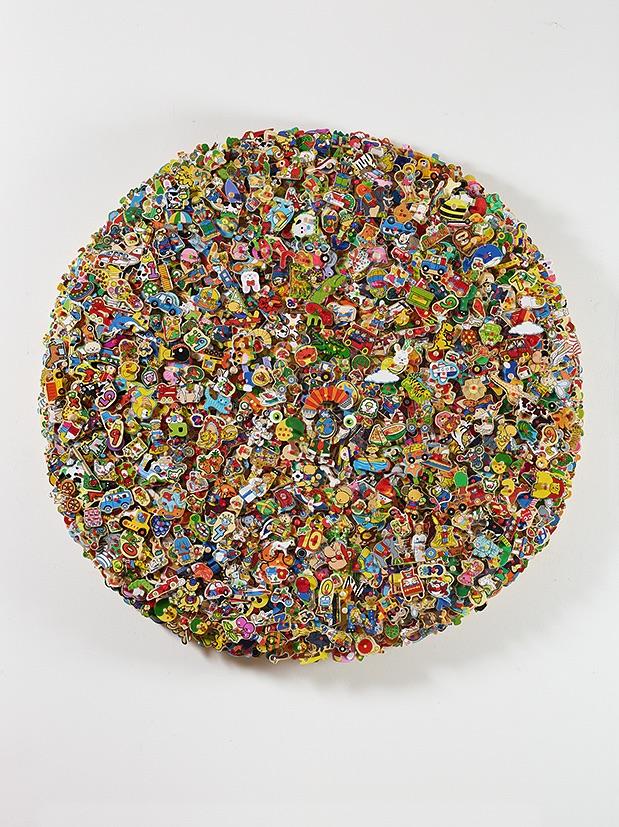 Philippe Favier, Terra incognito, 2017, collage de puzzles en bois, diam. 200 cm, collection de l'artiste © François Fernandez © Adagp, Paris, 2020 P. Favier