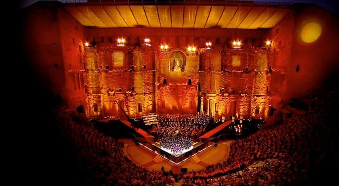 France 5 : Les meilleurs moments de Musique en fête dans le théâtre antique d'Orange, samedi 20 juin 2020 à 22h25