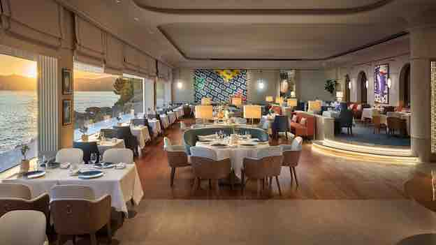 L'Hôtel du Cap-Eden-Roc décroche une étoile au Guide Michelin pour son restaurant gastronomique Louroc