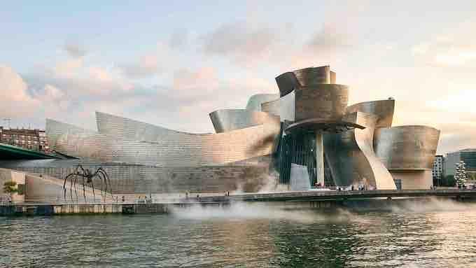 Musée Guggenheim Bilbao, œuvre de l'architecte canado-américain Frank Gehry © DR