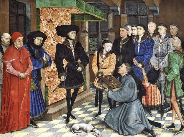 Philippe le Bon recevant en conseil l'hommage des Chroniques de Hainaut des mains de Simon Nockart. 1446-1448. © Bibliothèque royale de Belgique