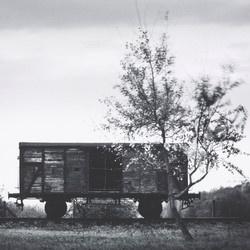 Musée de la Résistance nationale : exposition Michael Kenna, «La lumière de l'ombre», photographies des camps nazis. 23/10/2021 au 15/04/2022