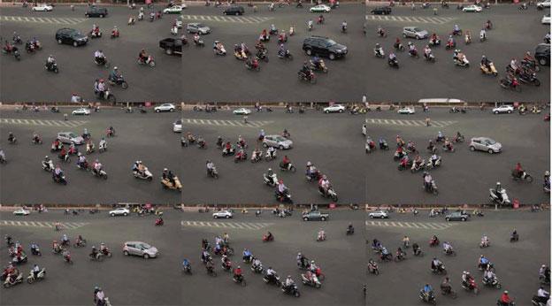 LENA BUI - image contextuelle : études sur la circulation à Saigon / contextual image: studies of traffic in Saigon, 2013. Courtesy de l'artiste