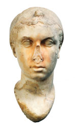 Portrait de Cléopâtre VII 2e moitié du 1er siècle av. J.-C. Alentours de la Villa des Quintili, Rome, Marbre. Musées du Vatican