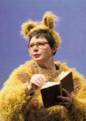 Bestiaire d'amour, Isabella Rosselini. Lecture conférence sur la sexualité des insectes. Théâtre du Gymnase, Marseille, du 19 au 21 février 2014