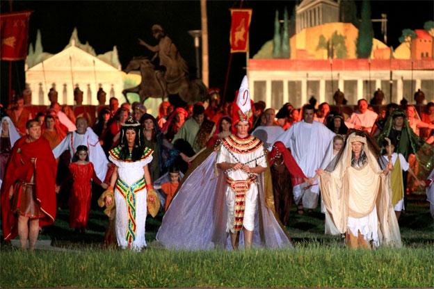 Jules César, le grand son et lumière d'Autun, les 25, 26, 30 juillet et 1, 2, 6, 8 et 9 août 2014