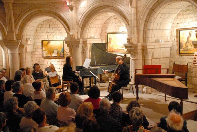Le bel écrin dans lequel joua le Duo Baroque Nathalia Cherachova, Willand Kuijken © Jeanne-Marie Noël