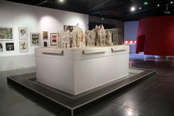 L'espace muséographique apporte de nombreuses informations sur Cheval et son époque © Pierre Aimar