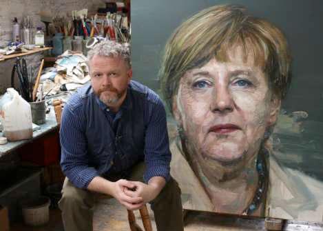 Colin Davidson dans son studio de Belfast © DR