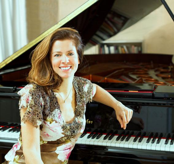 Rebecca Chaillot