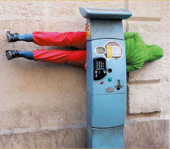 ZAT#1 - novembre 2010. Compagnie Willi Dorner, Bodies in urban spacies. © Agathe Salem et Marc Abed
