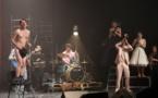 Marseille. Des OVNIS dans la salle du théâtre Toursky : « Les Franglaises ». Par Danielle Dufour-Verna