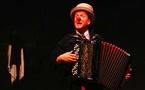 Voyage sur place, d'Alain Reynaud, Cie Les Nouveaux Nez, le 14 mai au théâtre de Privas