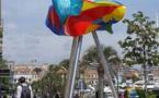 « La Ville de Cannes aux couleurs de l'Espagne » : Une sculpture en hommage au cinéma et à Camilo José Cela, été 2016 Quai Saint-Pierre, Cannes