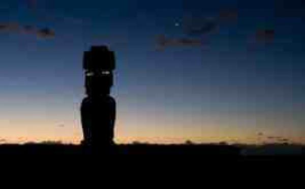 20/11 au 1/03/09 > Rapa Nui, l'ïle de Pâques. Les Pascuans, inventeurs d'une civilisation encore méconnue. Paris, Espace Fondation EDF