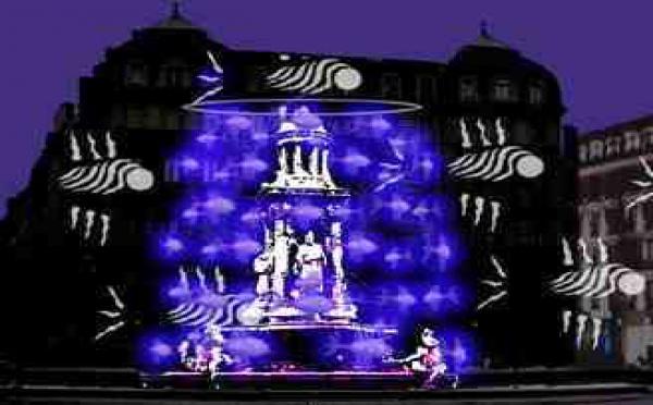 5 au 8/12 > « La fontaine aux poissons » - Installation de BIBI, Fête des Lumières - Place des Jacobins à Lyon